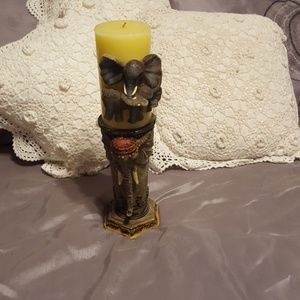 Single candle holder with candle